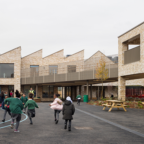 Kingsgate Primary Lower School, MaccreanorLavington